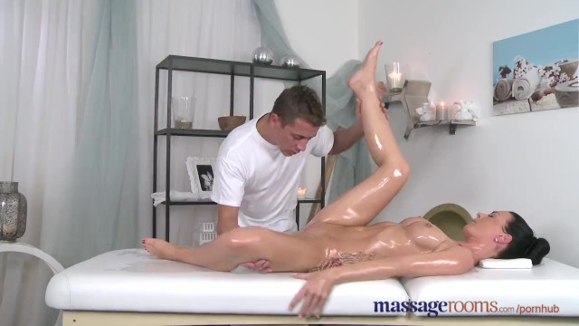 Squirting massage Squirt