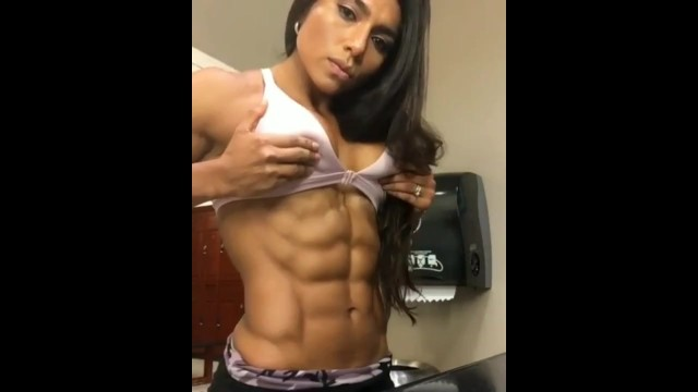 Chicks with abs porn